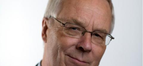 Tidligere ambassadør i Baku, Jon Ramberg, mener det er nødvendig med EITI i Norge. Foto: UD