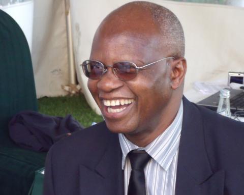 Zimbabwes finansminister Patrick Chinamasa forteller at Zimbabwe har store utfordringer når det gjelder kapitalflukt og får denne uken hjelp av IMF. Foto: BBC World Service/flickr.com