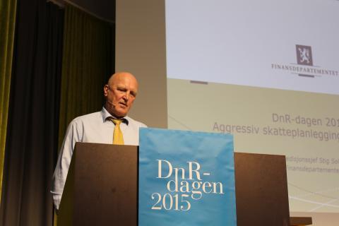 Ekspedisjonssjef Stig Sollund leder internasjonal skatteseksjon i Finansdepartementets skattelovavdeling. Foto: Christine Amdam