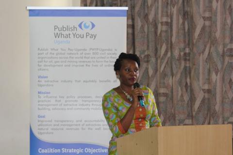 Winnie Ngabiirwe åpnet og avsluttet det åpne møtet på Makerere Universitet i Kampala